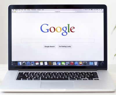 MacBook-Pro-Retina-with-Google-home-page-on-the-screen-000045377816_Large